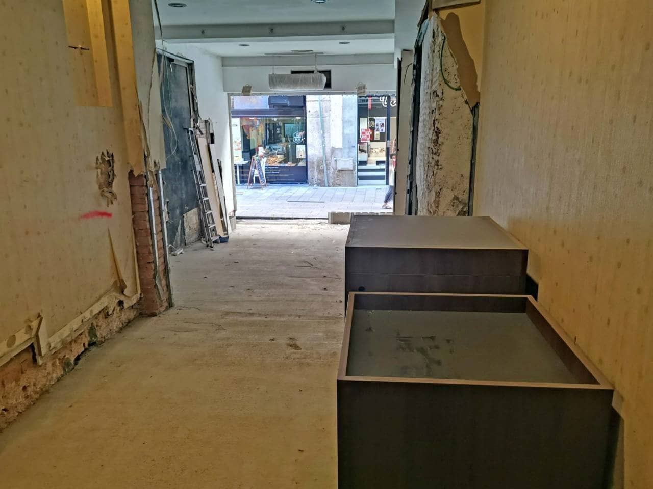 Commercial for rent in Lleida city - € 2,500 (Ref: 4973217)