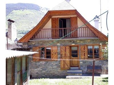 Casa de 3 habitaciones en Vielha e Mijaran en venta con garaje - 440.000 € (Ref: 5372918)