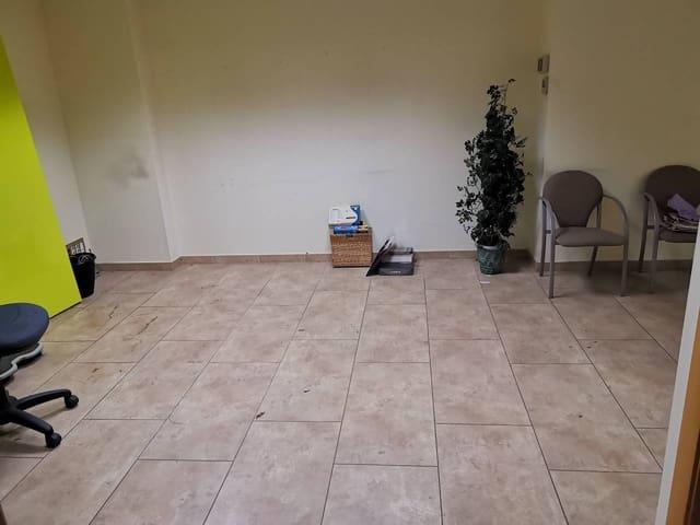 8 bedroom Office for rent in Lleida city - € 900 (Ref: 5372968)
