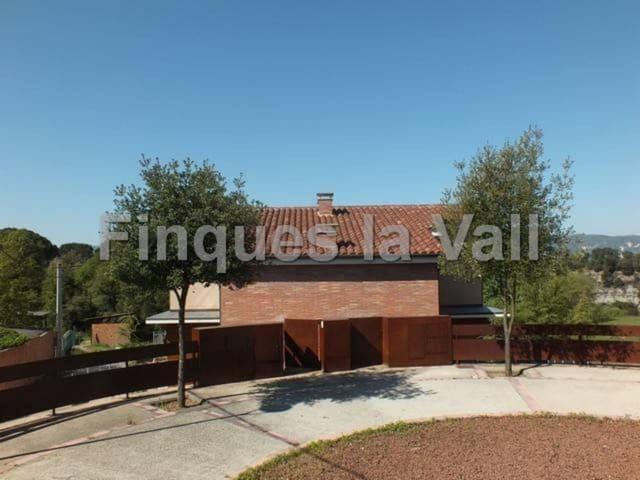 4 soverom Villa til salgs i Taradell - € 365 000 (Ref: 5642521)