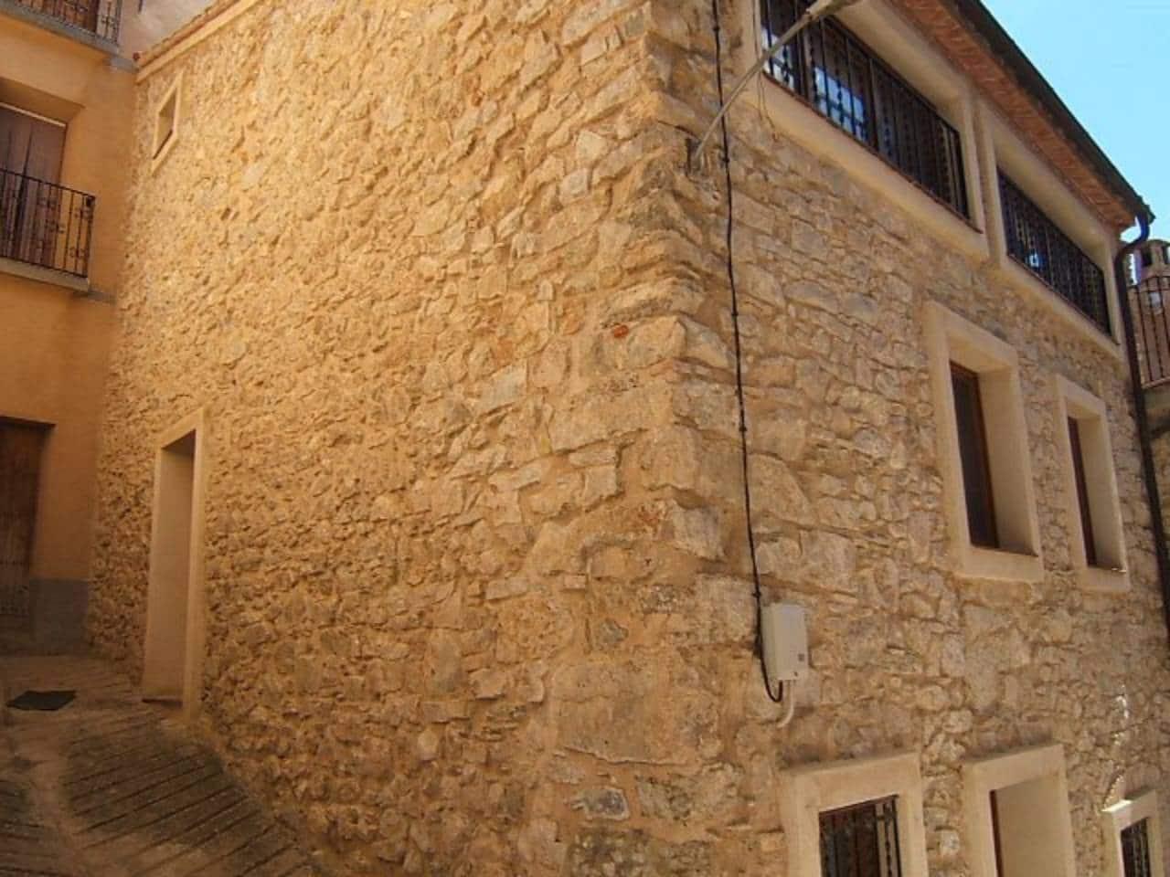 4 chambre Maison de Ville à vendre à Pauls - 176 000 € (Ref: 3202754)