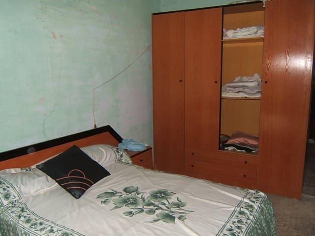 5 soveværelse Villa til salg i Alfara de Carles - € 66.000 (Ref: 3202776)