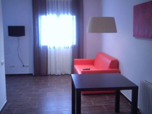 1 sypialnia Mieszkanie na sprzedaż w Vic z garażem - 79 000 € (Ref: 4029515)