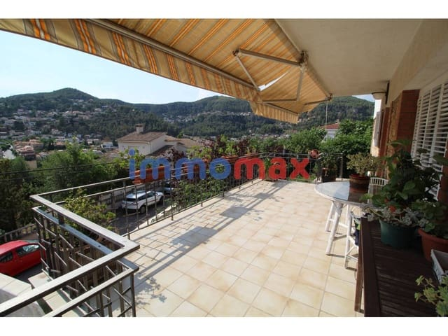 6 chambre Villa/Maison à vendre à Vallirana avec garage - 412 500 € (Ref: 4691740)