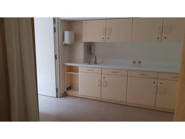 5 slaapkamer Commercieel te huur in Barcelona stad - € 1.000 (Ref: 5607104)
