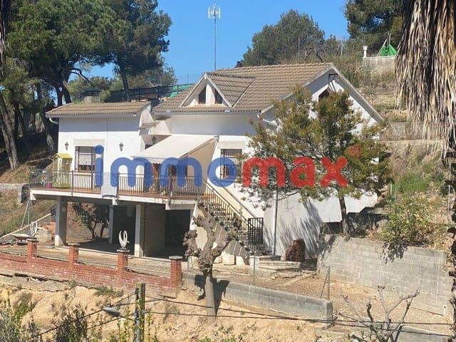 4 makuuhuone Huvila myytävänä paikassa Els Hostalets de Pierola mukana  autotalli - 198 000 € (Ref: 5932177)