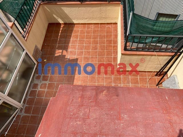 2 quarto Penthouse para venda em L'Hospitalet de Llobregat - 145 000 € (Ref: 6093349)