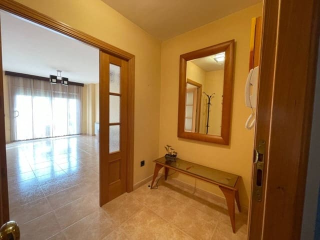 3 sovrum Lägenhet att hyra i Esparreguera - 680 € (Ref: 6313774)