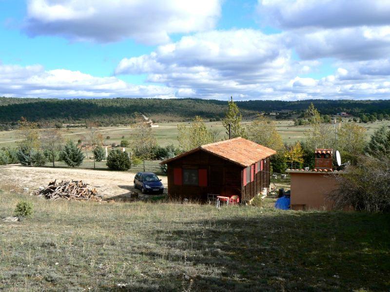 2 bedroom Villa for sale in Buenache de la Sierra - € 103,000 (Ref: 1934664)