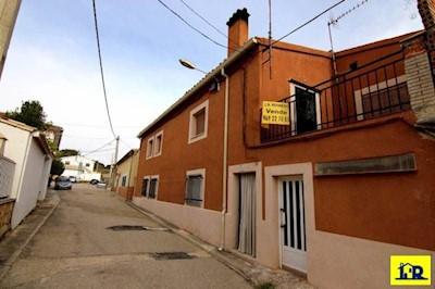 4 bedroom Flat for sale in Villalba de la Sierra - € 21,900 (Ref: 3832689)