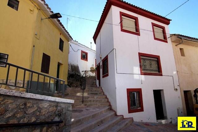 2 sovrum Hus till salu i Cuenca stad - 38 900 € (Ref: 3832797)