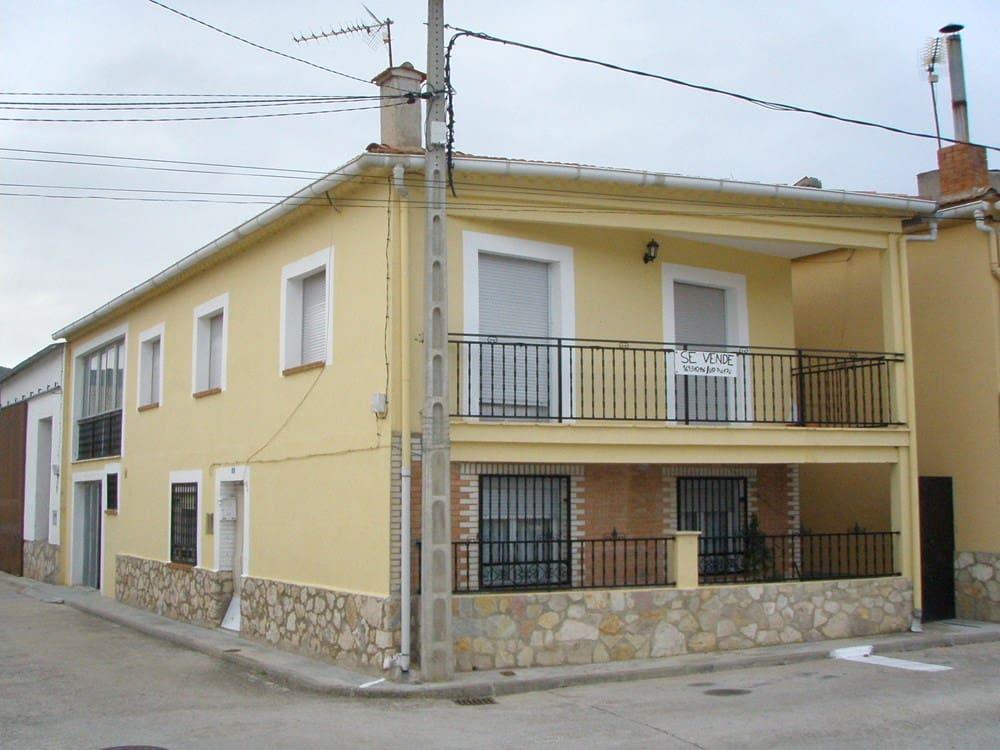 6 soverom Hus til salgs i Canamares - € 85 000 (Ref: 4743898)