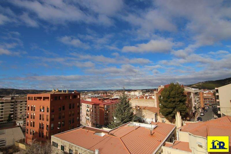 Appartement de 3 chambres à louer à Cuenca ville - 600 € (Ref: 4751628)