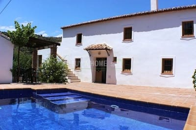 3 bedroom Finca/Country House for sale in Comares with pool - € 169,000 (Ref: 4454475)