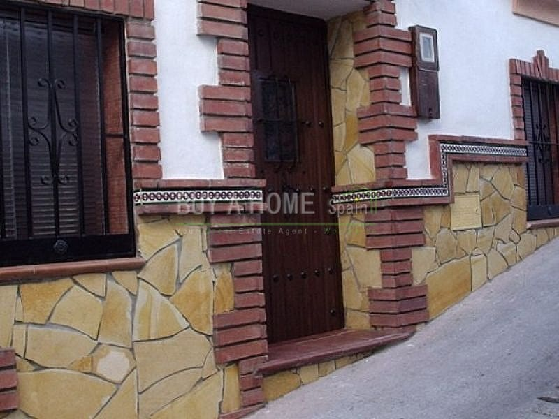 2 bedroom Townhouse for sale in Competa - € 56,000 (Ref: 4454526)