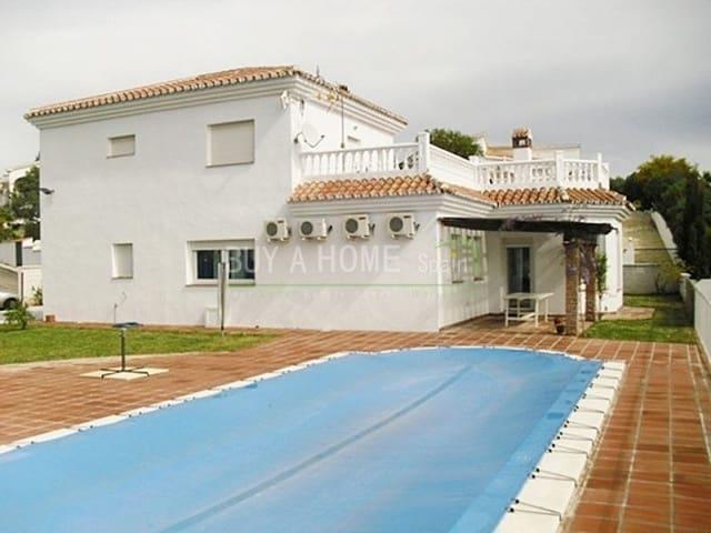 4 sovrum Villa till salu i Benajarafe med pool - 595 000 € (Ref: 4454606)