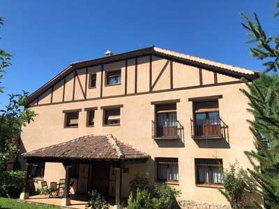 22 Zimmer Hotel zu verkaufen in Navafria - 1.990.000 € (Ref: 4212639)