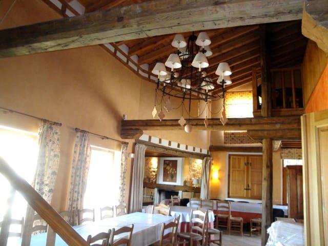 14 slaapkamer Restaurant/bar te koop in Yanguas de Eresma - € 700.000 (Ref: 4576507)