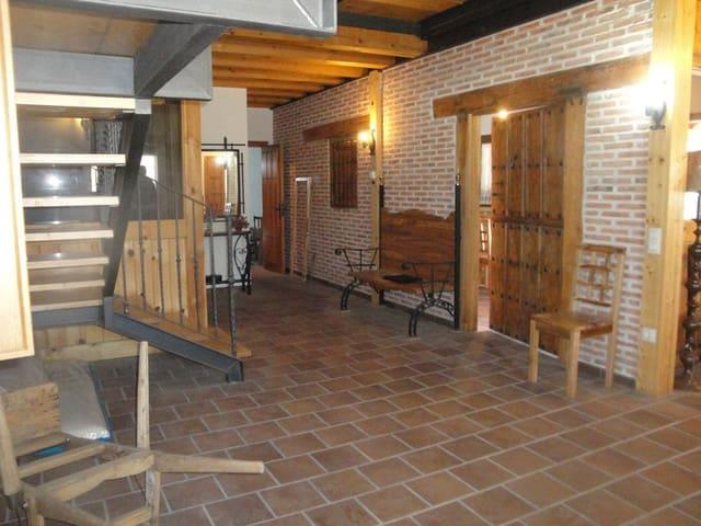 4 sovrum Villa till salu i Miguelanez - 180 000 € (Ref: 4670269)