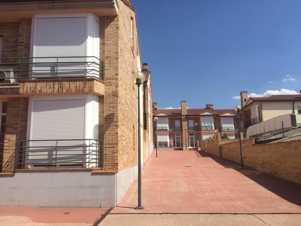 4 sypialnia Dom szeregowy na sprzedaż w La Lastrilla - 209 900 € (Ref: 4714226)