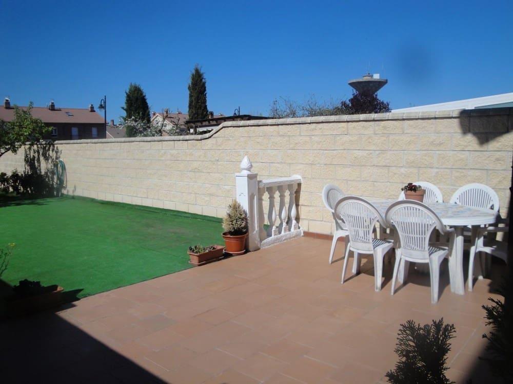 Adosado de 4 habitaciones en Segovia ciudad en venta - 275.000 € (Ref: 5010850)
