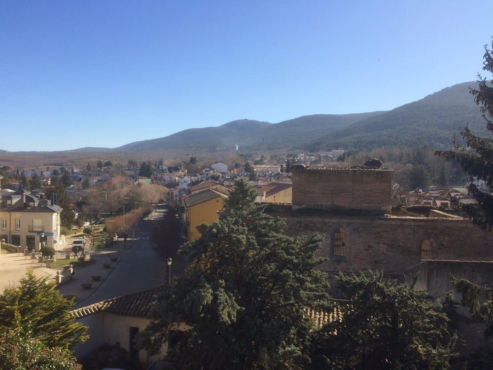 Hotel para venda em El Espinar - 500 000 € (Ref: 5071075)