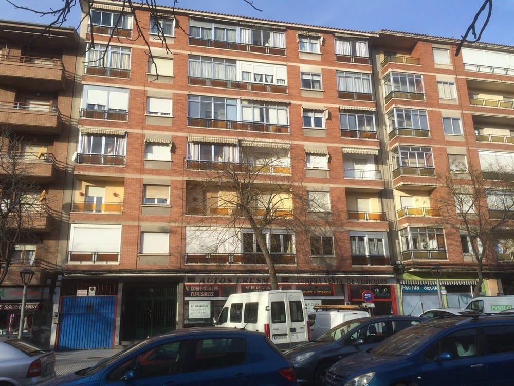 3 sovrum Lägenhet till salu i Segovia stad - 119 000 € (Ref: 5760169)
