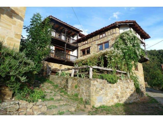 Casa de 4 habitaciones en Cabezón de Liébana en venta - 250.000 € (Ref: 5732494)