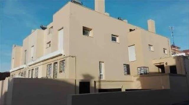 Adosado de 2 habitaciones en Algeciras en venta - 132.000 € (Ref: 3764580)