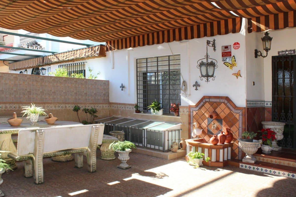 3 sovrum Radhus till salu i Sevilla stad - 254 000 € (Ref: 4314888)
