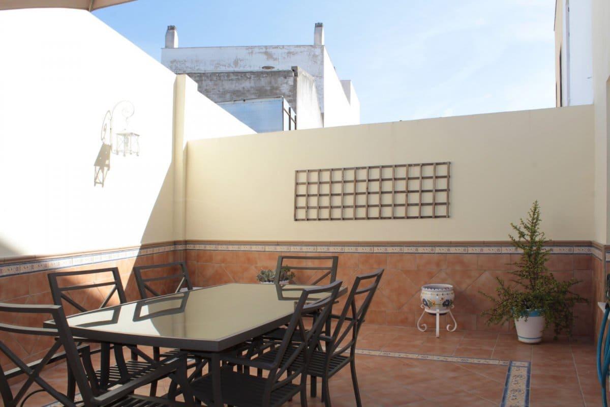 4 chambre Villa/Maison Mitoyenne à vendre à Alcala del Rio avec garage - 149 999 € (Ref: 4609645)