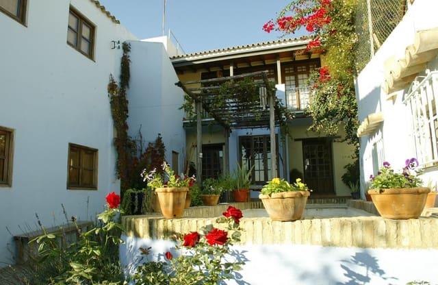 7 soveværelse Villa til salg i Gelves - € 360.000 (Ref: 4743331)