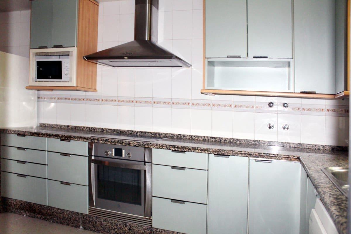 Adosado de 3 habitaciones en Gines en venta con garaje - 169.500 € (Ref: 5024810)