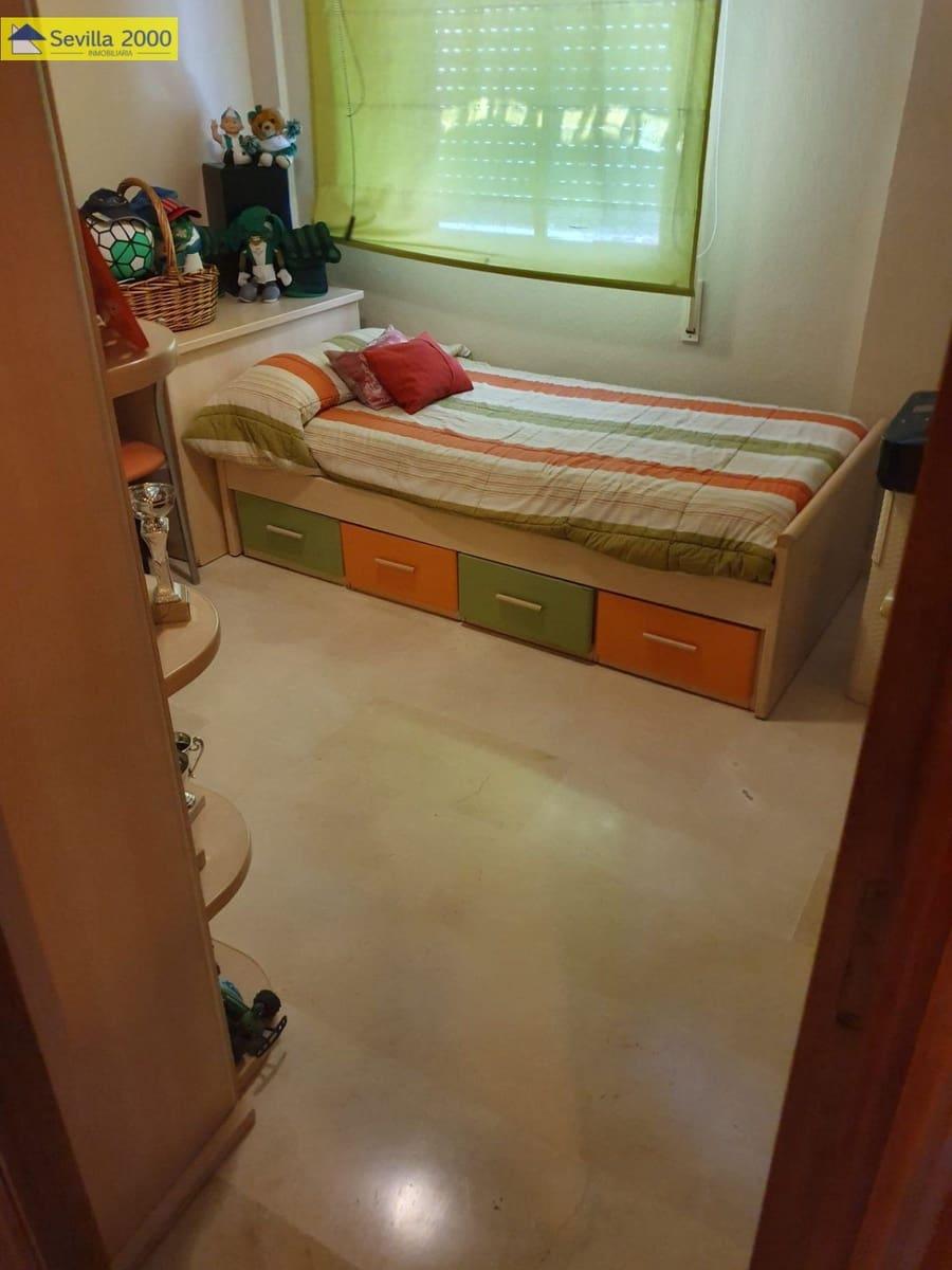 4 chambre Villa/Maison Mitoyenne à vendre à Seville ville avec garage - 300 890 € (Ref: 5569549)
