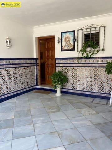 5 soveværelse Rækkehus til salg i Sevilla by med swimmingpool - € 260.000 (Ref: 5634098)
