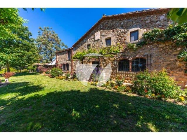 Chalet de 6 habitaciones en Sant Feliu de Buixalleu en venta con piscina garaje - 1.100.000 € (Ref: 5385156)