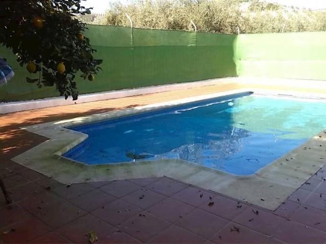 3 sovrum Villa till salu i Archidona med pool - 350 000 € (Ref: 3359139)