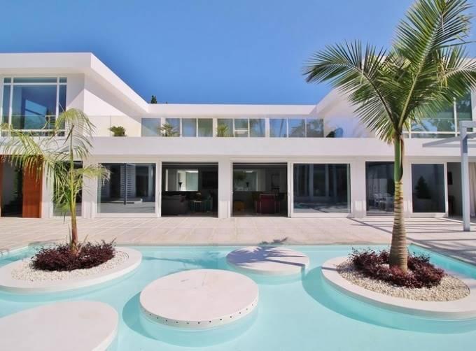 7 bedroom Villa for sale in Marbella with pool - € 6,900,000 (Ref: 3768065)