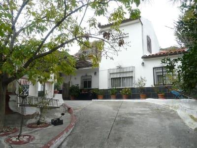 Chalet de 4 habitaciones en Quéntar en venta con piscina - 220.000 € (Ref: 4871877)