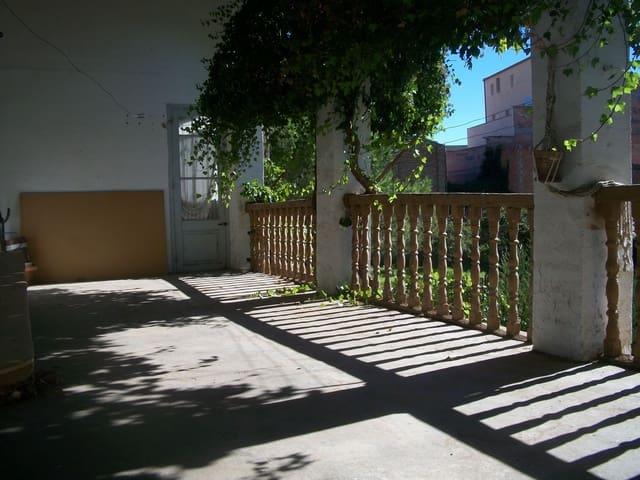 7 chambre Maison de Ville à vendre à Algerri avec garage - 149 000 € (Ref: 2009790)