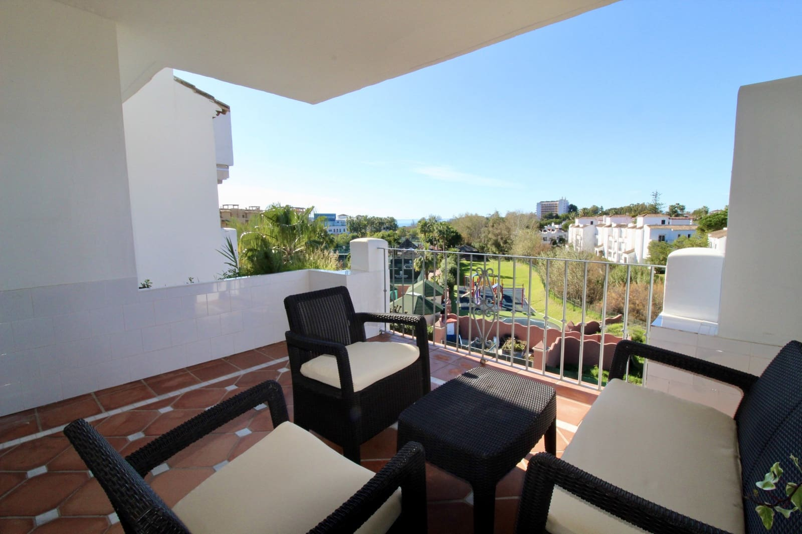 2 bedroom Apartment for sale in Costalita with pool - € 320,000 (Ref: 5753304)