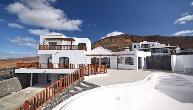 3 quarto Moradia para venda em Playa Blanca com piscina garagem - 650 000 € (Ref: 3136350)