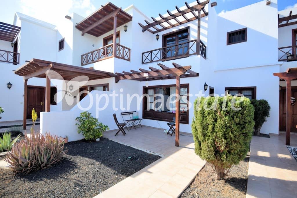 3 quarto Moradia em Banda para venda em Playa Blanca - 259 000 € (Ref: 3515304)