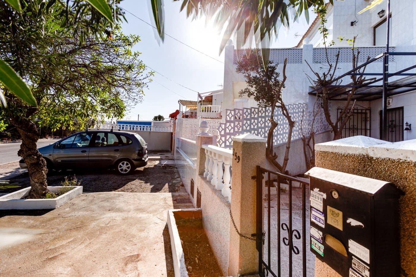 2 bedroom Bungalow for sale in Torrevieja - € 50,000 (Ref: 5028292)