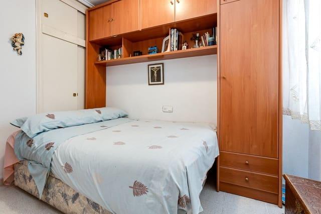 2 soveværelse Lejlighed til salg i Torrevieja med swimmingpool - € 75.500 (Ref: 5420308)