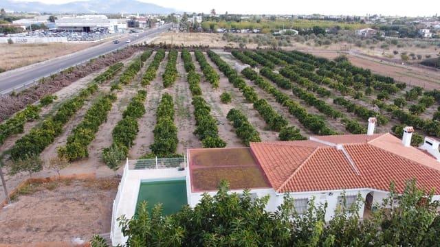 Finca/Casa Rural de 4 habitaciones en Vinaròs en venta con piscina garaje - 265.000 € (Ref: 5644565)