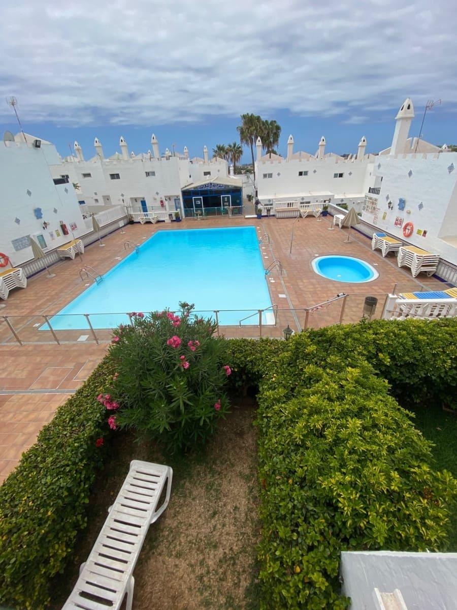 Villa/Maison Mitoyenne de 1 chambre à louer à Playa del Ingles avec piscine garage - 750 € (Ref: 5286917)