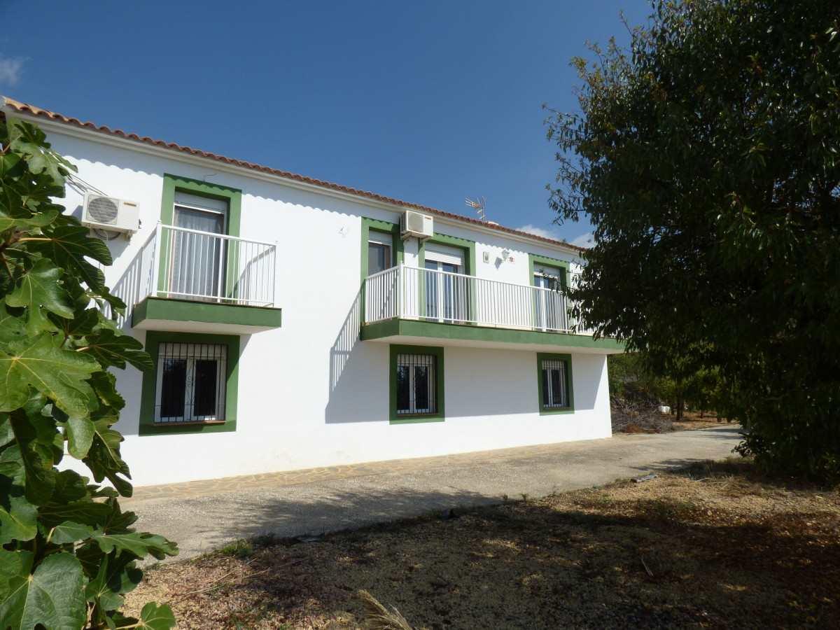 3 soveværelse Villa til salg i Finestrat med garage - € 375.000 (Ref: 3248258)