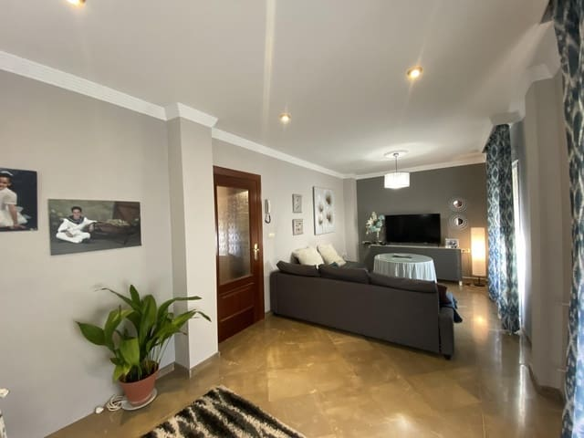 3 sovrum Radhus till salu i Pinos Puente med garage - 105 000 € (Ref: 5523586)