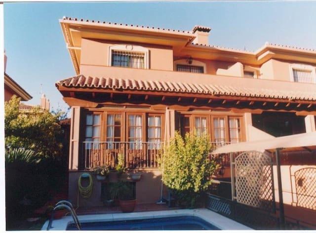 4 sovrum Semi-fristående Villa till salu i Alhaurin de la Torre med pool garage - 325 000 € (Ref: 998613)